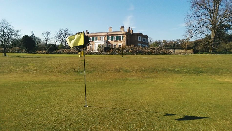 Golf in the shadow of the big house. Golf Golfing Golf ⛳ Golf Course Golfcourse