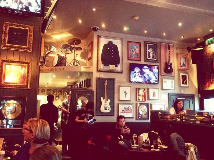 Hardrockcafe Hanging Out Enjoying Life London