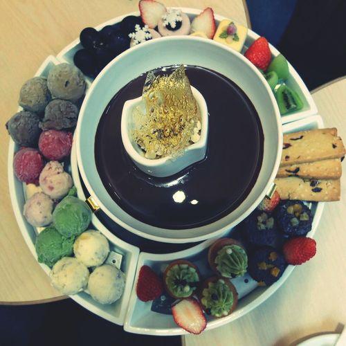 Haagen Dazs chocolate and icecream fondue Ice Cream