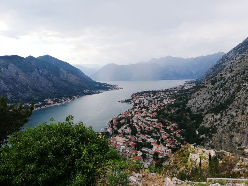 Architecture_view Architecturephoto Architecturehunter Architecturedetail Architecturepicture Montenegro Balcantour Mountainscape Mountainside Mountainstories Montenegrostyle Montenegrowildbeauty Balkannature Balkans Balcans Water Mountain Landscape Mountain Range