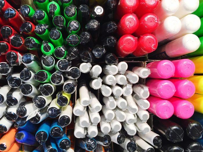 Full frame shot of colorful felt tip pens