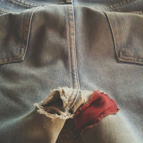 When one hole closes another one opens :( Jeanproblems