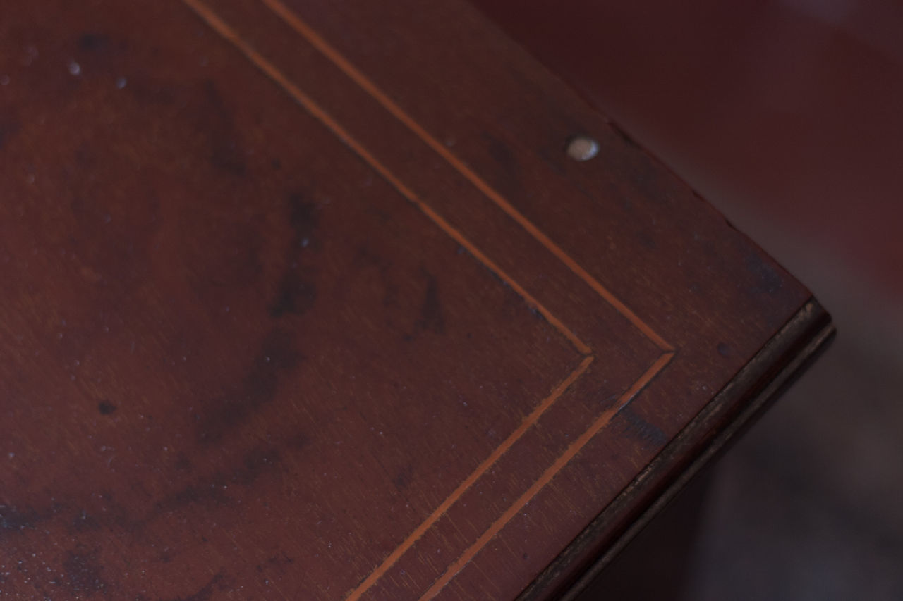 wood - material, table, close-up, high angle view, brown, indoors, no people, day