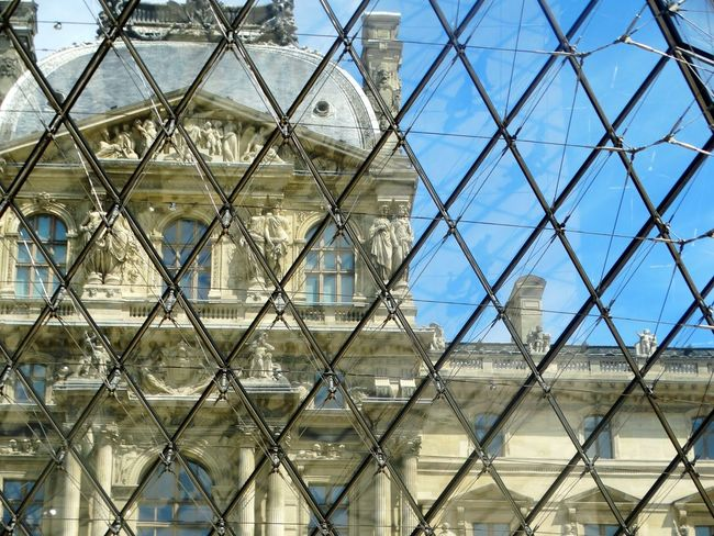 Louvre Paris Through The Glass Building Story Museum Rombo EyeEmNewHere