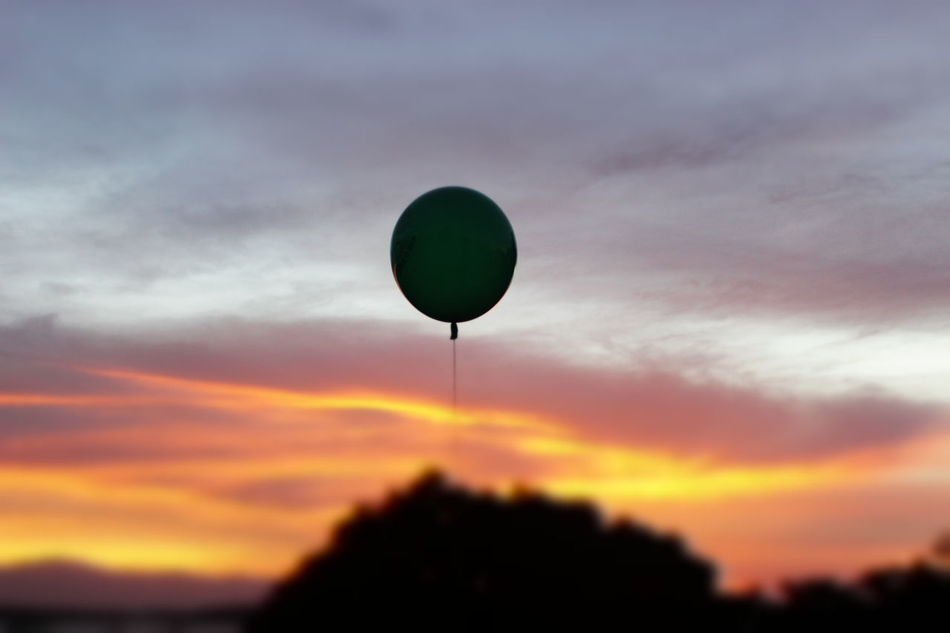 EyeEmNewHere Goodbyes Balloon Sunset