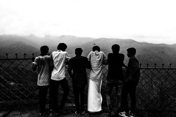Happy new year.. Looking forward 😍 Nature On Your Doorstep The Week On EyeEm Black And White Tropical Climate EyeEm Best Shots EyeEm Team Happy New Year Morning Light Black And White Sunlight Water Togetherness Standing Full Length Men Large Group Of People People Group Of People Outdoors Adult Day Adults Only EyeEm Ready
