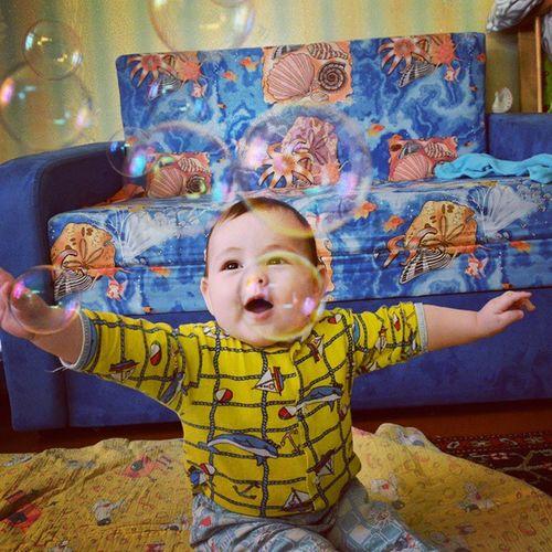 😘👶Миша сыночек сын  Михаил мыльныепузыри веселимся Хорошийдень улыбка сынишка мальчик малыш Son Day Happiness Baby Soapbubbles Fun Bubbles
