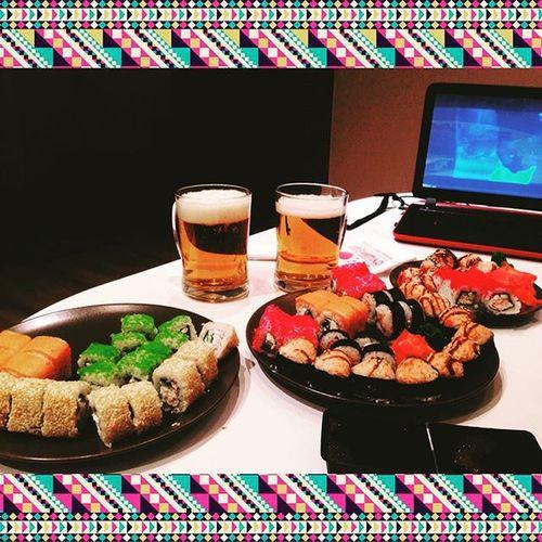 Ужин с любимым @great_mao ❤️❤️🍣🍤 спасибо сушисет ❤️
