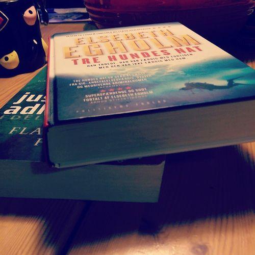 To fantastiske fortællinger på en måned... Videre til den næste! Jussiadlerolsen Elsebethegholm Books Krimi efterår