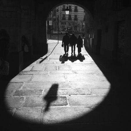 Streetphotography_bw Streetphotography NEM Black&white Flaneur Street IPhone IPhoneography Streetphoto_bw Blackandwhite Monochrome Blancoynegro AMPt - Street Street Life NEM Street Contrast Salamanca