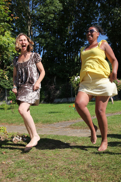 Sisters Dance.. Dance Full Length Fun Happiness Laughs And Giggles Real People Sisterhood ♥ Sisters Smiling Togetherness Two People Press For Progress