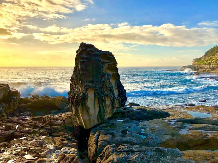 IPhone X IPhoneography Sunrise Sea Horizon Over Water Rock - Object Water Nature Beauty In Nature Sky Beach Sunset Wave