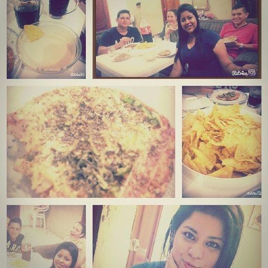 Amigos ♡♡♡♡♡ NochedePizza Tostitos &Pate jaja.. Andres Amy xime ivo ..