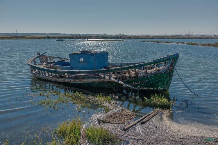 Carrasqueira, Alcácer do Sal, Portugal Portugal Abandoned Abandono Alcacer Do Sal Barco Bateau Boat Carrasqueira Damaged Day Moored Nature Nautical Vessel No People Outdoors River Ruina Sado Water