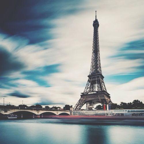 Paris Wildhumaninamadworld