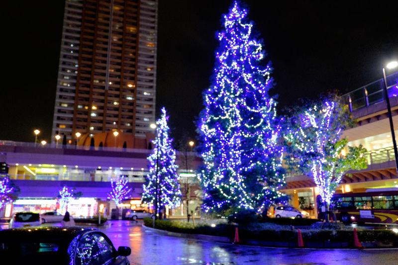 ピント外れてますOutoffocus ピントずらしCity Life Fujifilm Fujifilm X-E2 Fujifilm_xseries Illuminated Illumination Japan Night Night Lights Night Photography Night View Nightphotography XC16 XC1650 イルミネーション Blurry Showcase: November