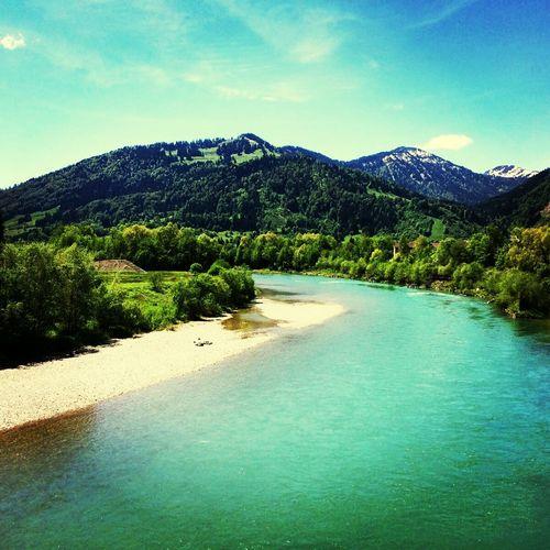 Fluss Iller Deutschland Germeny Allgäu Blue Nature Water Outdoors Landscape Beauty In Nature Fluss Im Sommer Nature Photography Bergen Mountain Bäume Und Wasser Ufer Allgäuer Alpen Alpen