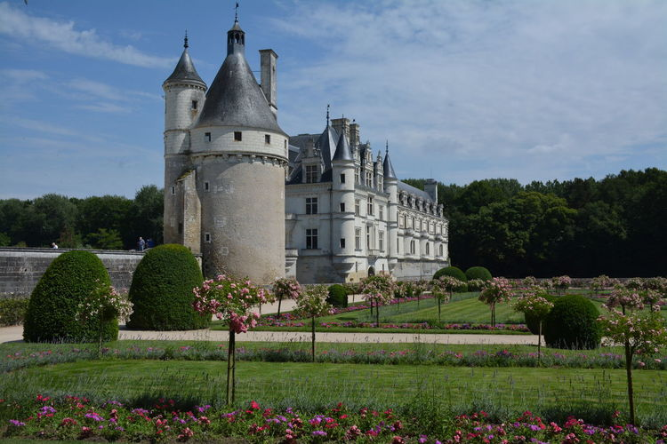 France France 🇫🇷 Architecture Flower History Outdoors Cloud - Sky Tree Sky Day Nature Castle Castles Garden Garden Photography French Garden Chenonceau Chenonceaux French Castle Touraine Medieval Palace Royalty Renaissance Ornamental Garden Pavilion Fortified Wall