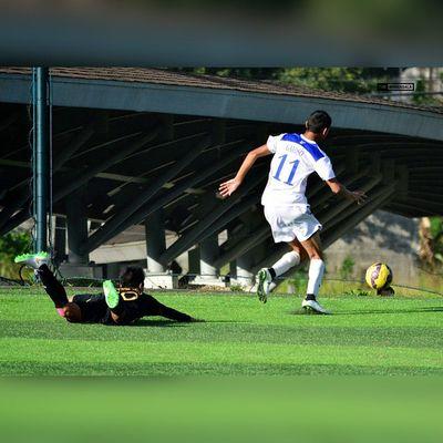 Ankle-breaker @jarveygayoso ⚽ . . . UAAP Uaap77 Uaapseason77 ADMUvsUST ateneo ust sbspotlight soccerbible juniors football themanansala