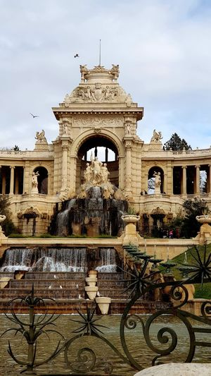 Statues Statue Statues And Monuments Statues/sculptures Statues In The Park Statues Monuments & Statues Fontain Fontains Fontaine Fontaines Architecture Built Structure Cloud - Sky Building Exterior Sky Outdoors Day Travel Destinations No People Low Angle View City