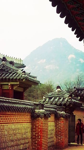 Tradional FenceNational Palace Museum Of Korea Geonbokgung Palace Traditional Culture Traditional Architecture Traveling In Seoul
