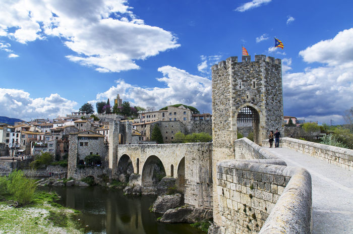 The beautiful city of Besalu - Spain Arch Architecture Besalú Bridge Building Exterior Catalunya Cityscapes Cloud Cloud - Sky Cloudy Day EyeEm Best Shots Famous Place History Lifestyles Sky SPAIN The Past Travel Travel Travel Destinations Traveling