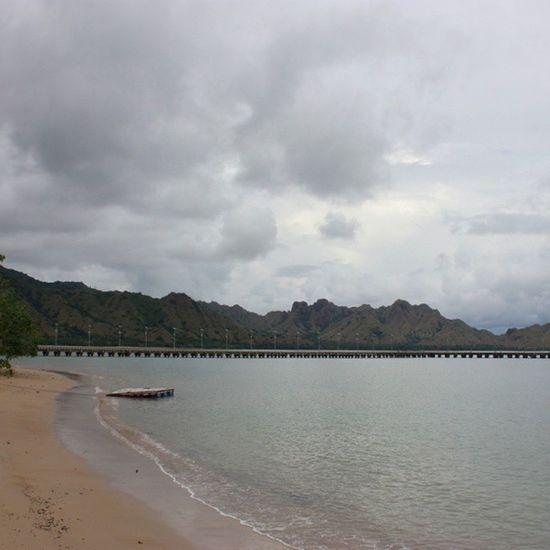 Mau hujan. Komodonationalpark Pulaukomodo Nusatenggaratimur INDONESIA