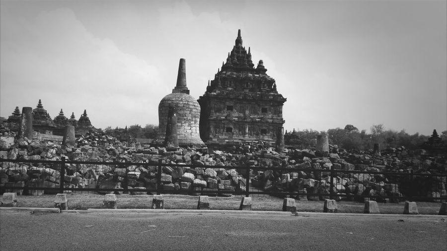 Blackandwhite Traditional Costume Hindu Temple on indonesia...
