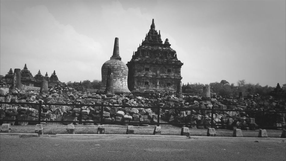 Blackandwhite Traditional Costume Hindu Temple on indonesia...
