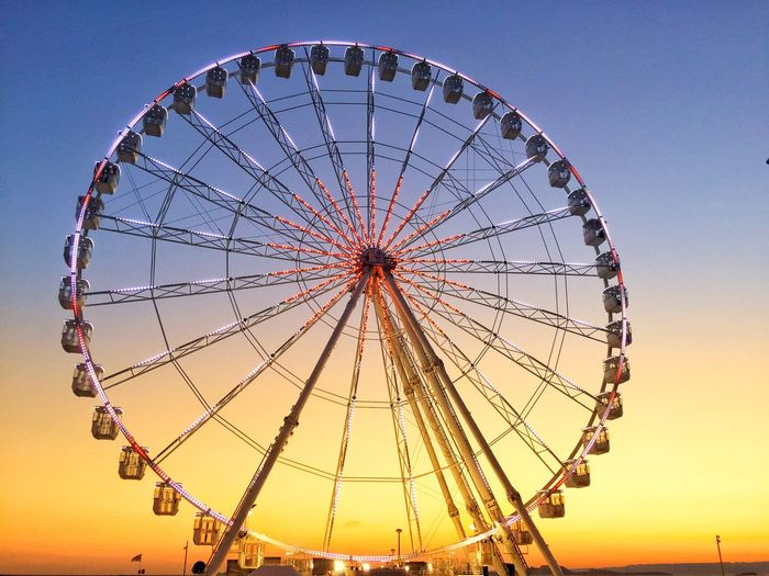 Haven't post anything since a while Big Wheel Sun Amusement Park Amusement Park Ride Ferris Wheel Sky Arts Culture And Entertainment Sunset Geometric Shape Nature Outdoors Leisure Activity