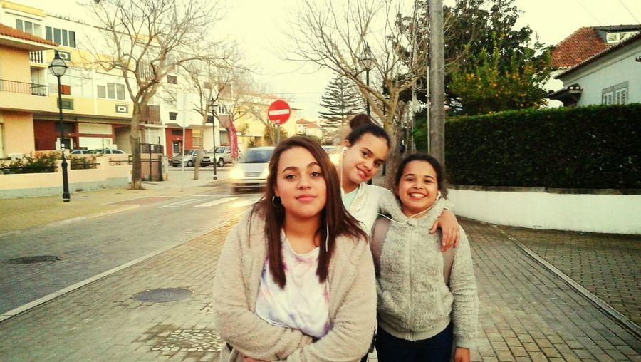 Elas comigo em Lisboa menina e moça!