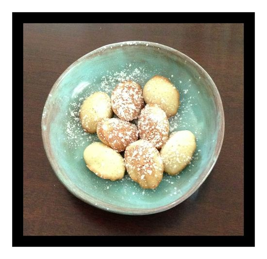 Madelines Freshness Directly Above Still Life Sweet Food No People Plate Ready-to-eat Indulgence Sweet