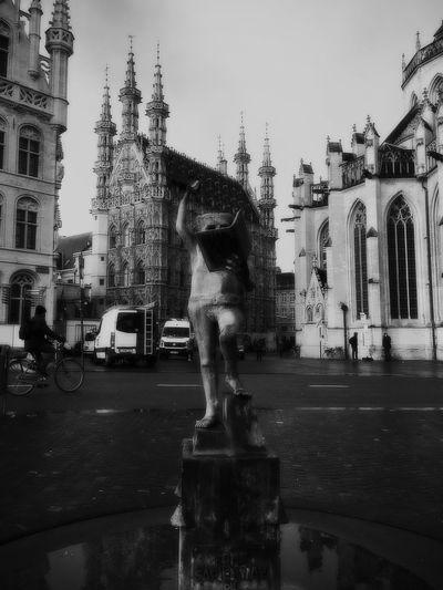 Leuven Leuven Tadda Community Tadaa Leuven, Belgium City Cityscapes City Life Cityscape Blackandwhite Black And White Blackandwhite Photography Black & White City Street Streetphotography Street Photography Streetphoto_bw Belgium Sculpture
