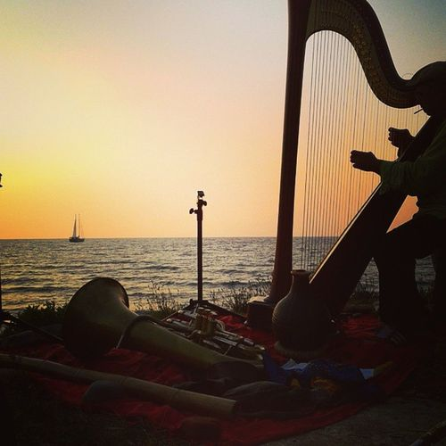 Music on the sea Sunset Music Estatequandocazzoarrivi Neldubbio Pepagay