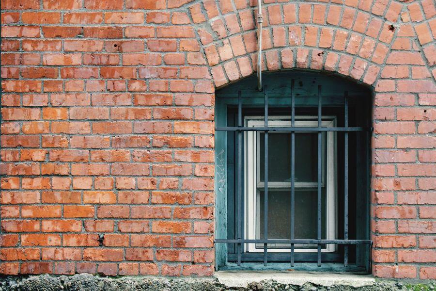 Seattle Washington America Brick Wall Window Road Architecture Building Exterior Close-up EyeEm Gallery EyeEm The Architect - 2017 EyeEm Awards