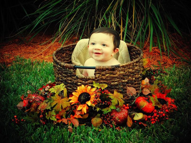 Grass Flower Babyhood Innocence Childhood Directly Above Baby Outdoors Beauty In Nature Lying Down Portrait Plant Real People Close-up Nature People Day Babies Only Weeklyphoto Nature Welcomeweekly Myson #myworld #mylife❤❤❤ The Week Of Eyeem The Weekly Eyeem Weekly Eyeem