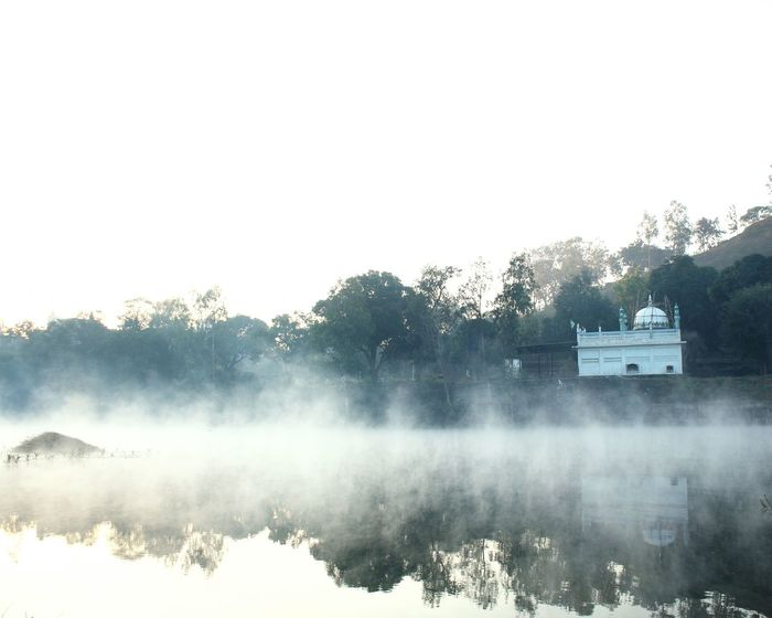 One fine morning I went with my friends to visit a hill station, on the way came across a river, 🌊 we took a break, stopped, clicked and continued it the compete day. ☺☺miss those days River Fog Fog_collection Mosque Morning