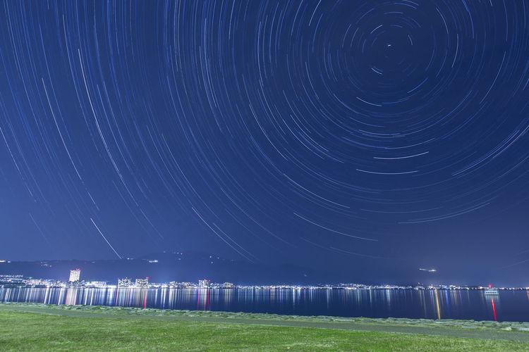 明けましておめでとうございます。今年も宜しくお願い致します。 大津 琵琶湖 星空