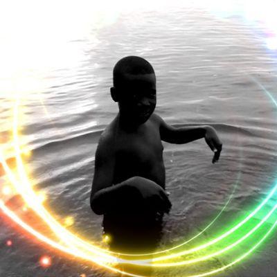 Son Grenada Silhouette Colourbound Colorporn Monochrome Noir Blackandwhite Blancoynegro Reflections Love Editgram