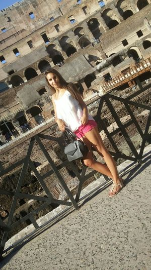 Colosseum Italy 😊😊🇮🇹