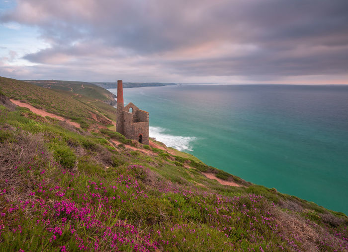 Blue Clouds And Sky Cornish Coast Cornwall Cornwall Uk Cornwall Walks Landscape Pink Sea Sea And Sky Spring Flowers Thrift Tin Mines Cornwall Towanroath Engine House Turquoise