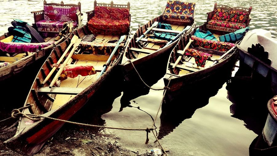 River Gondola - Traditional Boat Nainital !
