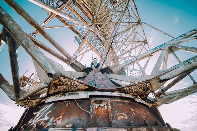 High up on top of an abandoned radar tower 🔥📸 Urbex Rooftop Camp Hero The Week On EyeEm Editor's Picks