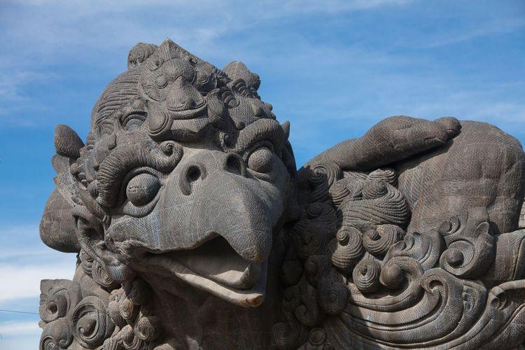 Holiday in Bali, Indonesia - Garuda Wisnu Kencana Cultural Park Bali Bali, Indonesia Cultural Cultural Heritage Day Garden Garuda Garuda Statue Garuda Wisnu Kencana Garuda Wisnu Kencana Cultural Park GWK Hindu Hinduism Horizon Over Water INDONESIA Kencana No People Outdoors Park Religon Statue Ungasan Vacation Wisnu Wisnu Statue