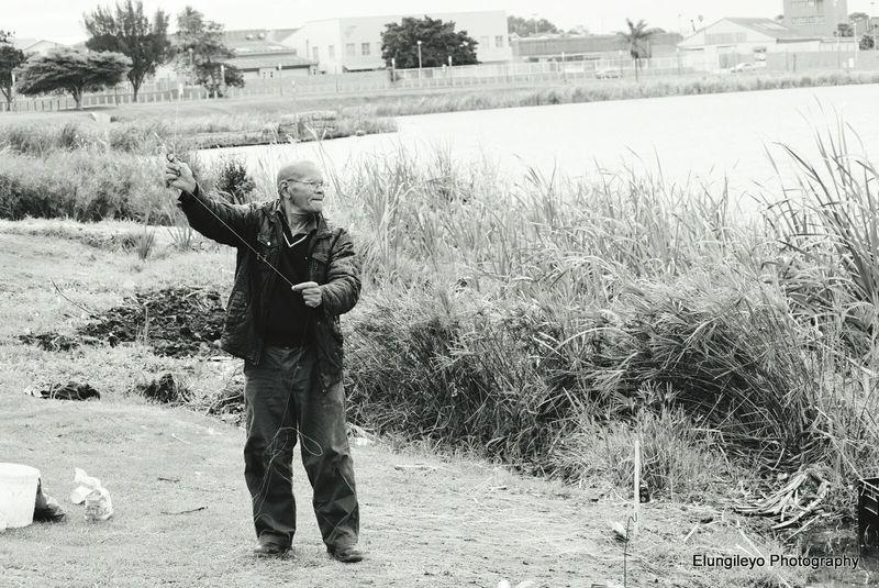 Fishing Man Fishinglife Learningdaybyday Oldman River Thisisthelife No Worries :)