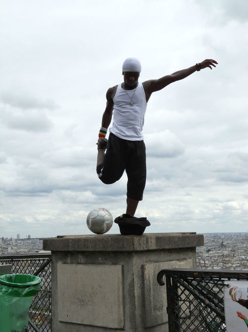 Adult Athlete Cloud - Sky Dowhatyoulove  Fashion Football Hat Men Motion Muscles Necklace One Man Only One Person Outdoors People Performer  Sky Sport Sports Clothing Sportswear Stretching View Man