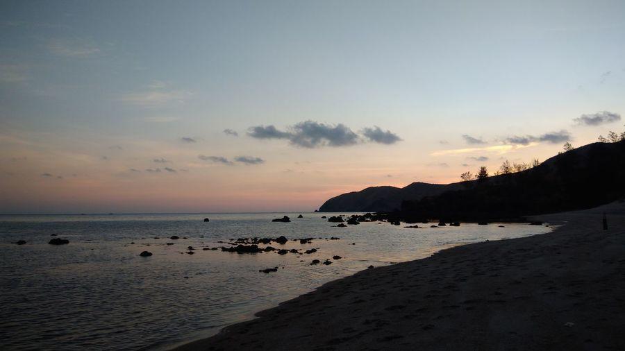 Sunset Beach Silhouette Summer2017