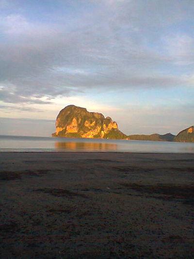 First Eyeem Photo ทะเลและเกาะทองคำ