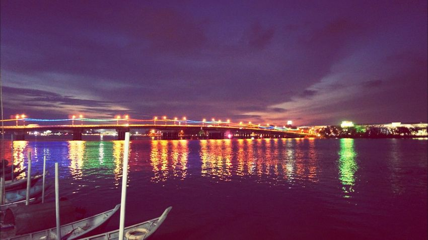 Muar Night Lights Malaysia The Story Behind The Picture