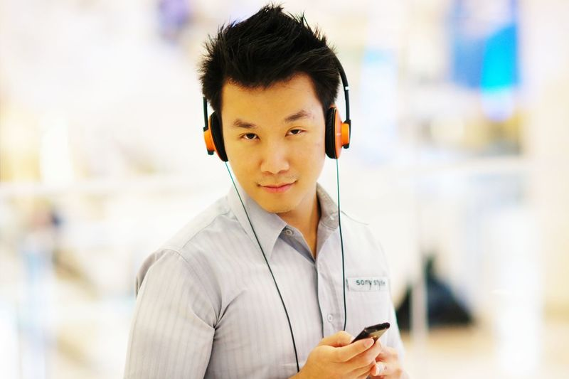 EyeEm Selects Technology Wireless Technology Working Portrait Business Businessman Men Music Headset Headphones In-ear Headphones Sending Call Center Text Messaging Arm Band Receiving Hands-free Device Answering Bluetooth Send Send Customer Service Representative Customer Service Representative Customer Service Representative Reading Saleswoman Mp3 Player IT Support Dialing